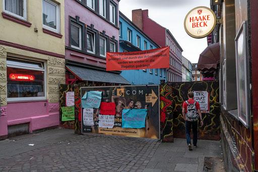 Die Herbertstraße, Heimat und Arbeitsplatz der Damen vom horizionalen Gewerbe
