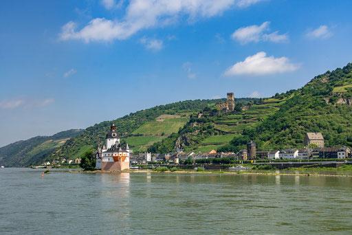 Kaub mit Burg Pfalzgrafenstein und Burg Gutenfels