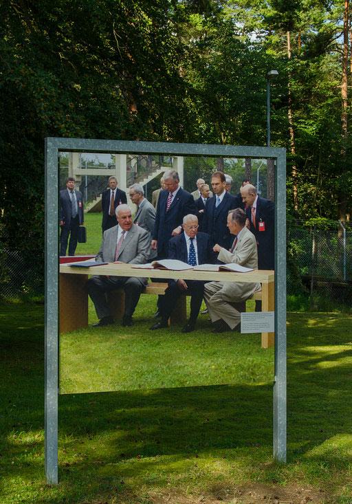 Präsidenten, Bundeskanzler, Minister und Leute die sich für wichtig hielten besuchten publikumswirksam den US-Stützpunkt