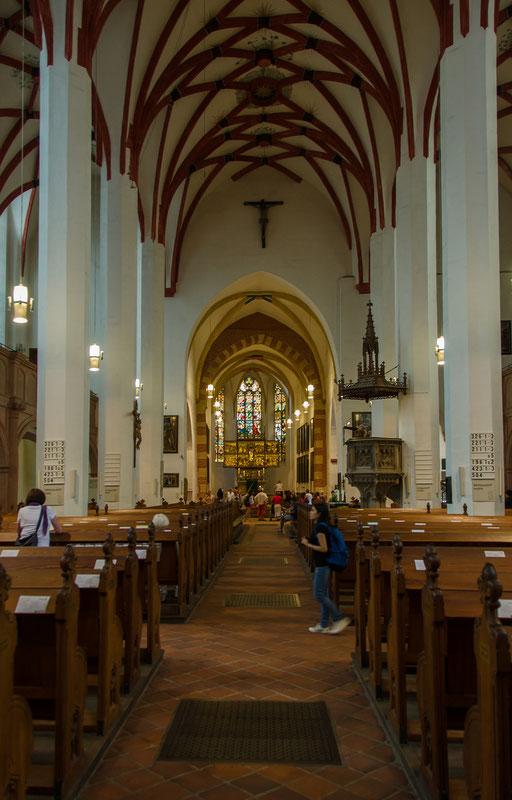 Thomaskirche, Mittelschiff