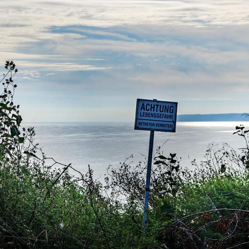 Warnung: hier gehts ca. 40m senkrecht runter zur Ostsee