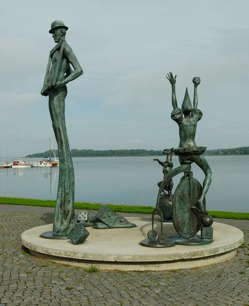 Kunst am Bodden...   /An den Kai- und Hafenanlagen von Ribnitz-Damgarten