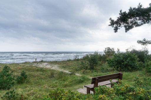 Ein letzter Blick über die Düne zur Ostsee