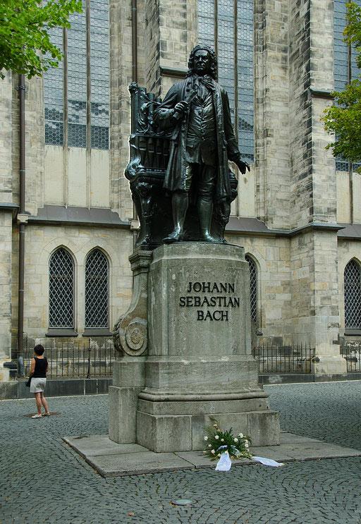Thomaskirche, Denkmal für Johann Sebastian Bach