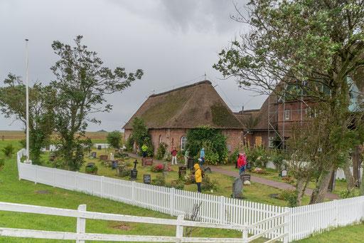 Friedhof, Kirche und Pfarrhaus