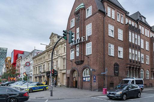 """Polizeikommisariat 15, weltbekannt unter dem Namen """"Davidswache"""""""