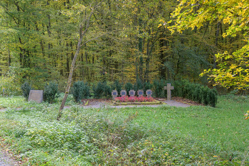 Soldatengräber beim alten Forsthaus im Limpurger Forst