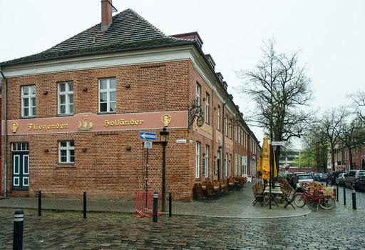 Fliegender Holländer, Gasthaus im Holländischen Viertel