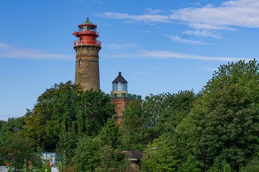 links: der Leuchtturm, rechts: der Schinkelturm