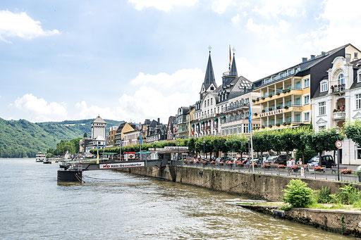 Blick zur Rheinpromenade