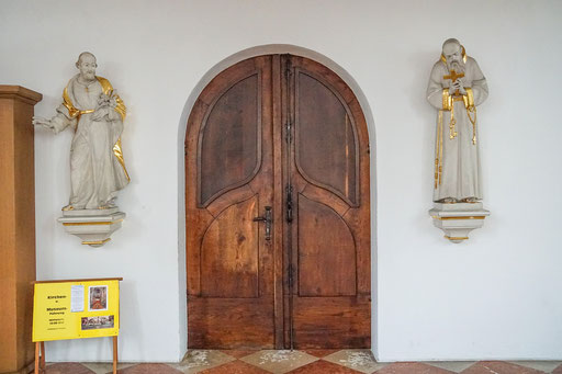 im Innenraum der Kirche