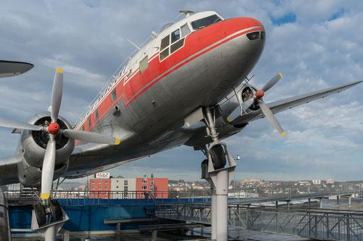 Iljuuschin IL - 14 P, Baujahr: 1953, 2x 1900 PS, Geschwindigkeit: 395 km/h, Spannweite: 31,7 m
