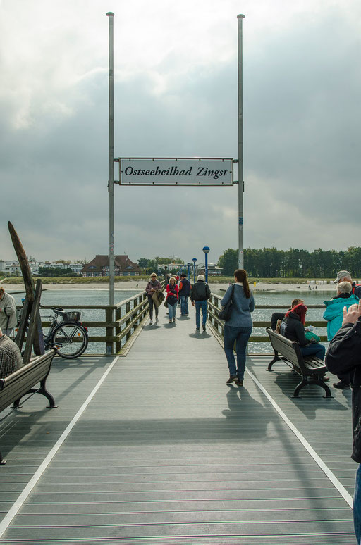 Seebrücke....   /Ostseeheilbad Zingst