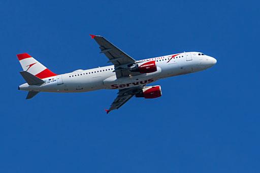 Austrian Airlines auch Austrian oder AUA genannt, ist die nationale Fluggesellschaft Österreichs mit Sitz in Wien und Drehkreuz auf dem Flughafen Wien-Schwechat.