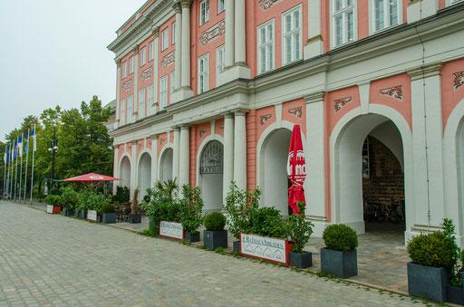Rathaus, Paterre