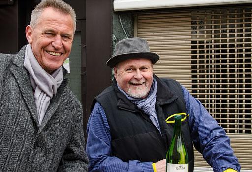 Oberbürgermeister Siegfried Müller mit dem allseits bekannten Flüssigkeitslieferanten Arthur Röhner