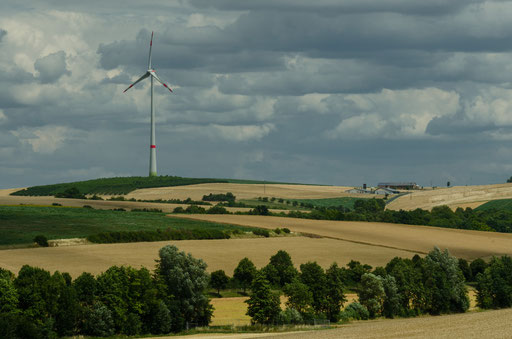 Windkraftanlage nahe Neusitz am Berg