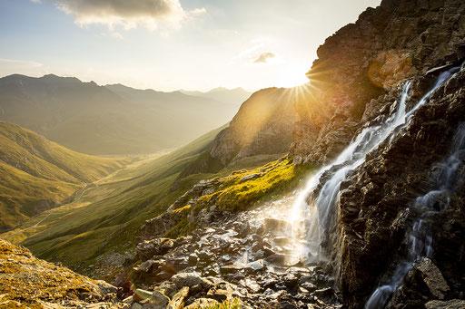 Waterfall below Flüeseen