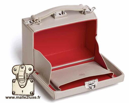 mini malle trunk petit vintage pas cher anglaise