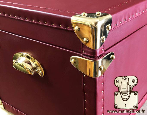 learn how to make a trunk luxury not for sale  brass corner malle en coin
