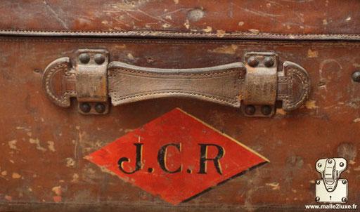 initiales malles Louis Vuitton ancienne cuir JCR
