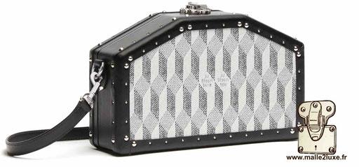 mini trunk le sac a main pour femme look vintage petite au depart toile enduite blanche
