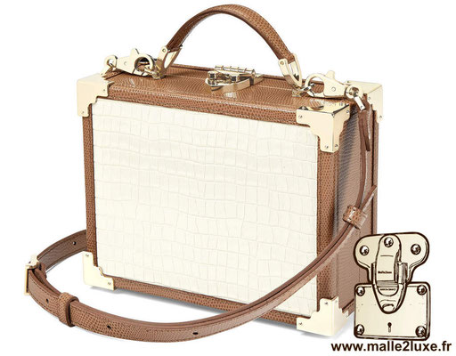 sac a main petite malle pas cher malle MINI TRUNK CLUTCH - ASPINAL OF LONDON