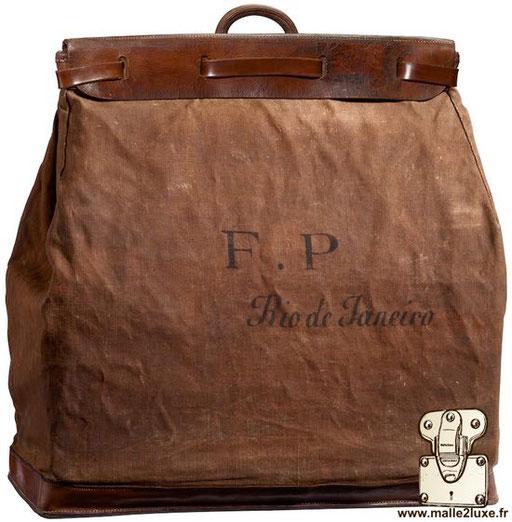 Steamer bag Louis Vuitton 1901