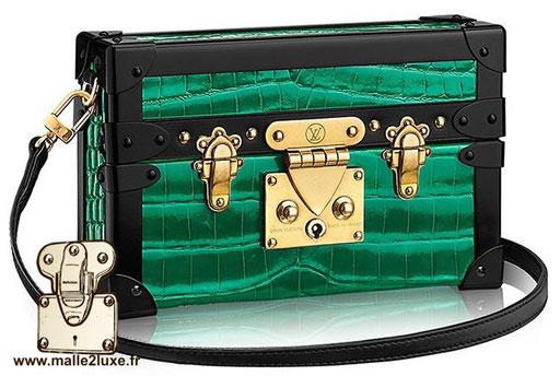 petit sac en forme de malle crocodile vert brillant milliardaire