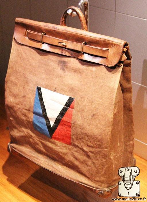 Steamer bag Louis Vuitton Gaston