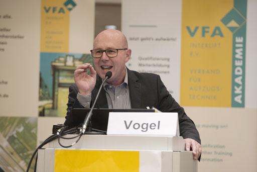 Mitgliedervollversammlung VFA Interlift e.V. Düsseldorf 2016 - Vortrag: Weiterbildung in der Aufzugbranche