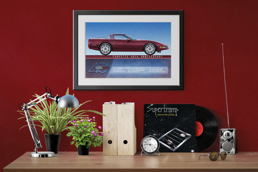 A look of the personalized printed drawing nicely framed in a decoration context