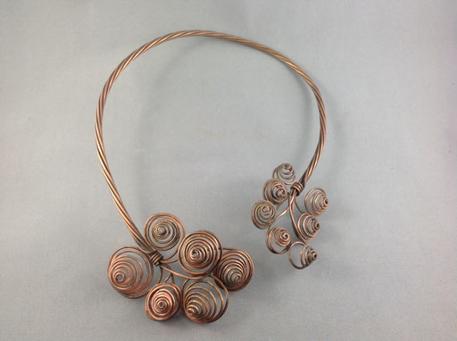 A copper neck torque - Madonna, eat your heart out.