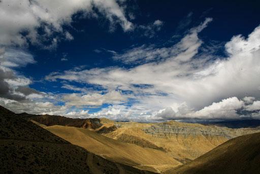 Expedition_Adventure_Jürgen_Sedlmayr_Nebel_Wasser_Wolken_Upper_Mustang_Nepal_05