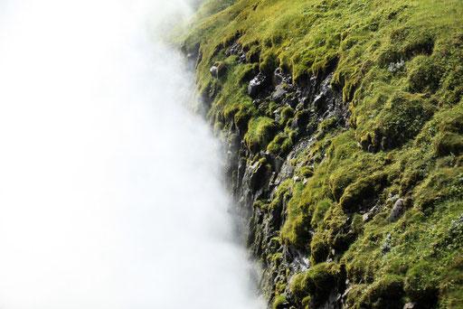 DER_FOTORAUM_Nebel_Wasser_Wolken_Island_08