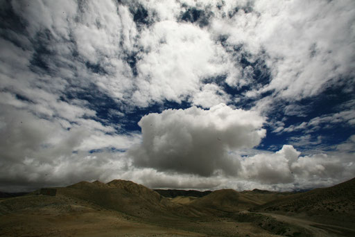 4Expedition_Adventure_Jürgen_Sedlmayr_Nebel_Wasser_Wolken_Upper_Mustang_Nepal_04