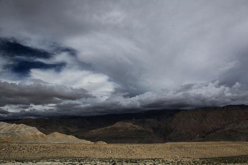 Expedition_Adventure_Jürgen_Sedlmayr_Nebel_Wasser_Wolken_Upper_Mustang_Nepal_03