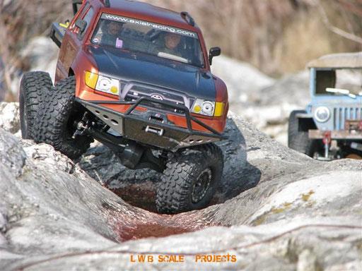 Präzision  |  Wolfs SCX Toyota Tacoma