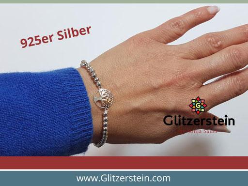 Kugelarmband aus 925er Silber in 4 mm mit dem Schmuckverbinder Lebensbaum