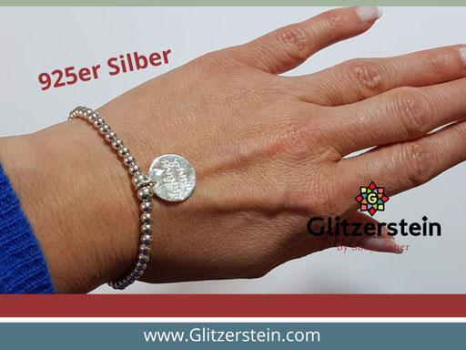 Kugelarmband aus 925er Silber in 4 mm mit dem Anhänger Lieblingsmensch