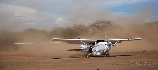 Cessna, survol des lacs Magadi et Natron