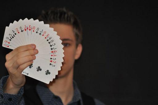 Kartenfächer Zauberkünstler Magic Dominik