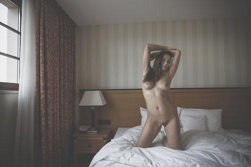 Veronika, Hotel