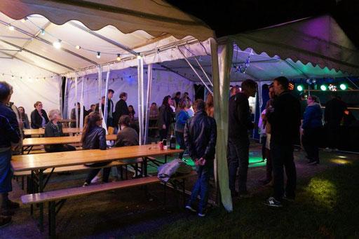A Saint-Agnan où plus de 80 personnes ont fait honneur au barbecue proposé par le Comité des fêtes, on a dansé jusqu'au bout de la nuit.