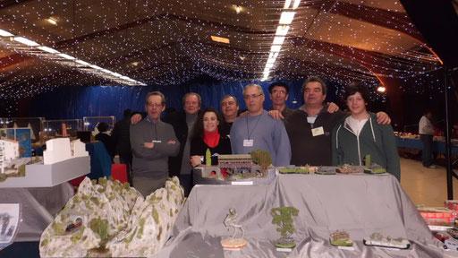Photo de groupe lors de l'exposition de Onet-Le-Château 2013