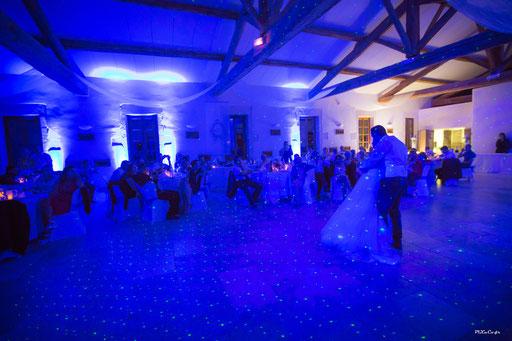 ouverture de bal avec eclairage déco (credit photo pixnco)