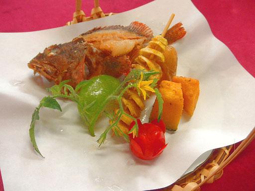#カサゴと野菜の揚げ物 #強力粉を使ったフリットミスト #食材 #カサゴ #メークインらせんポテト #キタアカリ #カボチャ