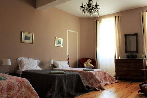 Suite - Bedroom single beds