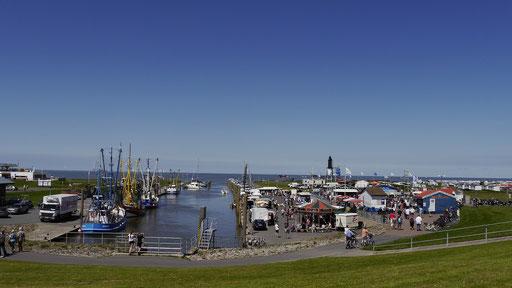 Blick auf den Hafen von Dorum-Neufeld