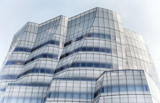IAC Building - Gehry